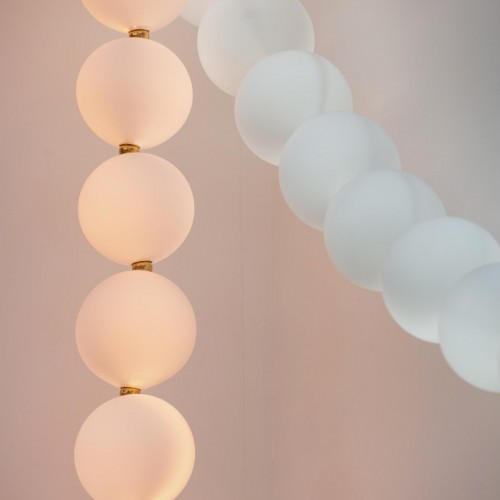 PERLES<br><span>Necklace chandelier<span>
