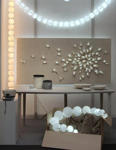 Perles Necklace, general view, pure white and warm white LEDs, L 3m x diam. 14cm