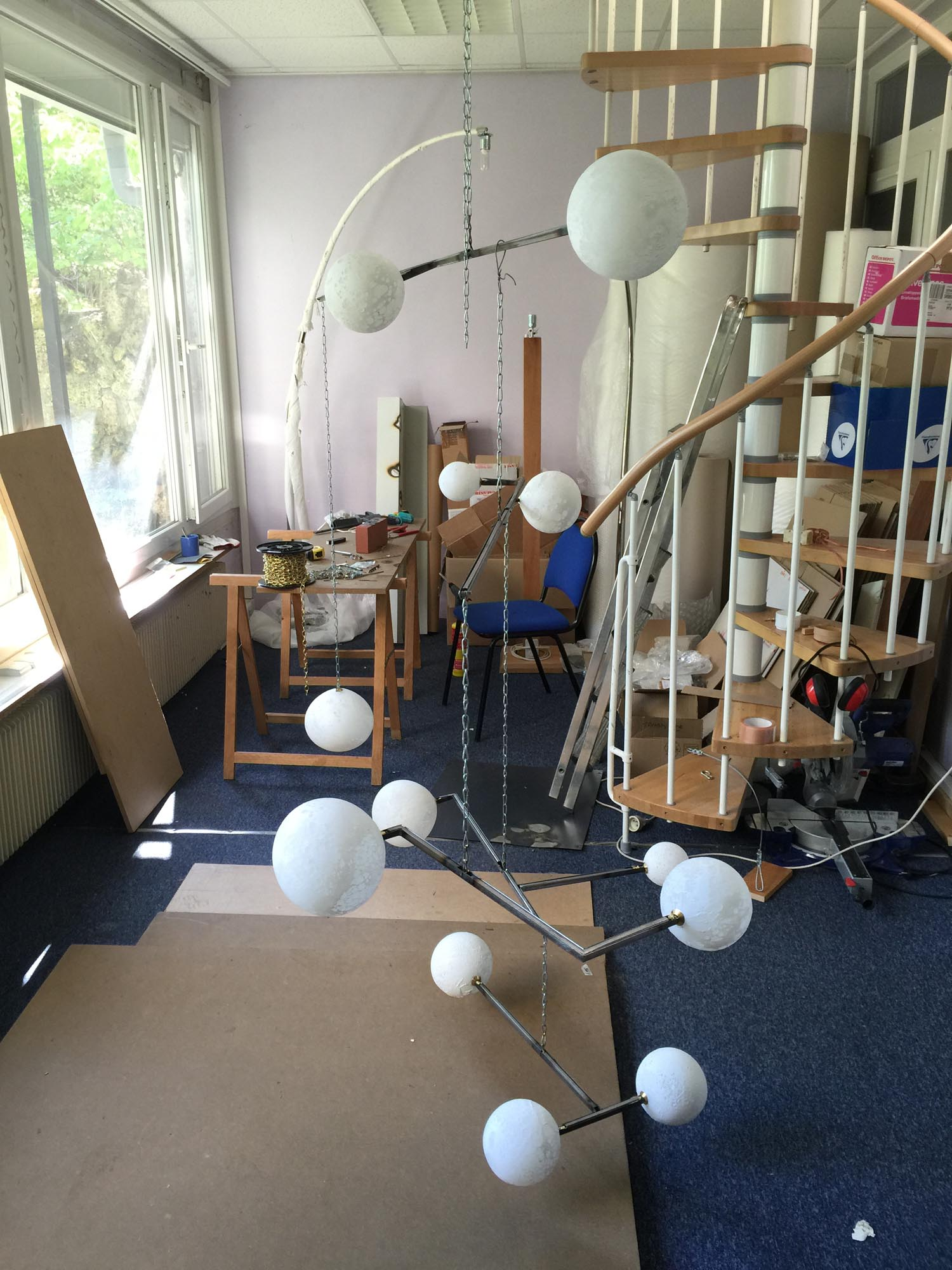 Lune Mobile chandelier, n°3, manufacturing in process