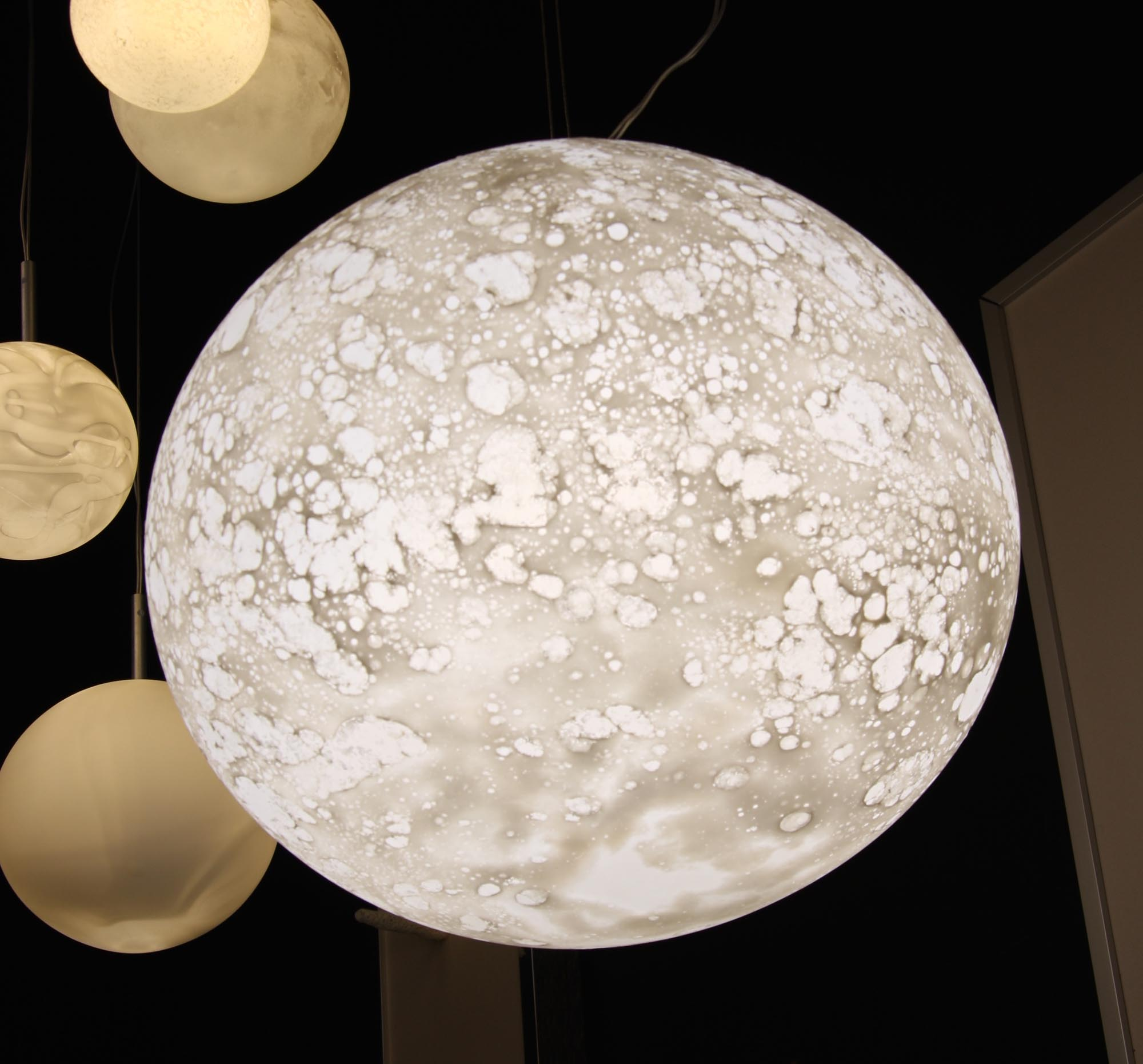 Lune hanging light, diam. 42cm