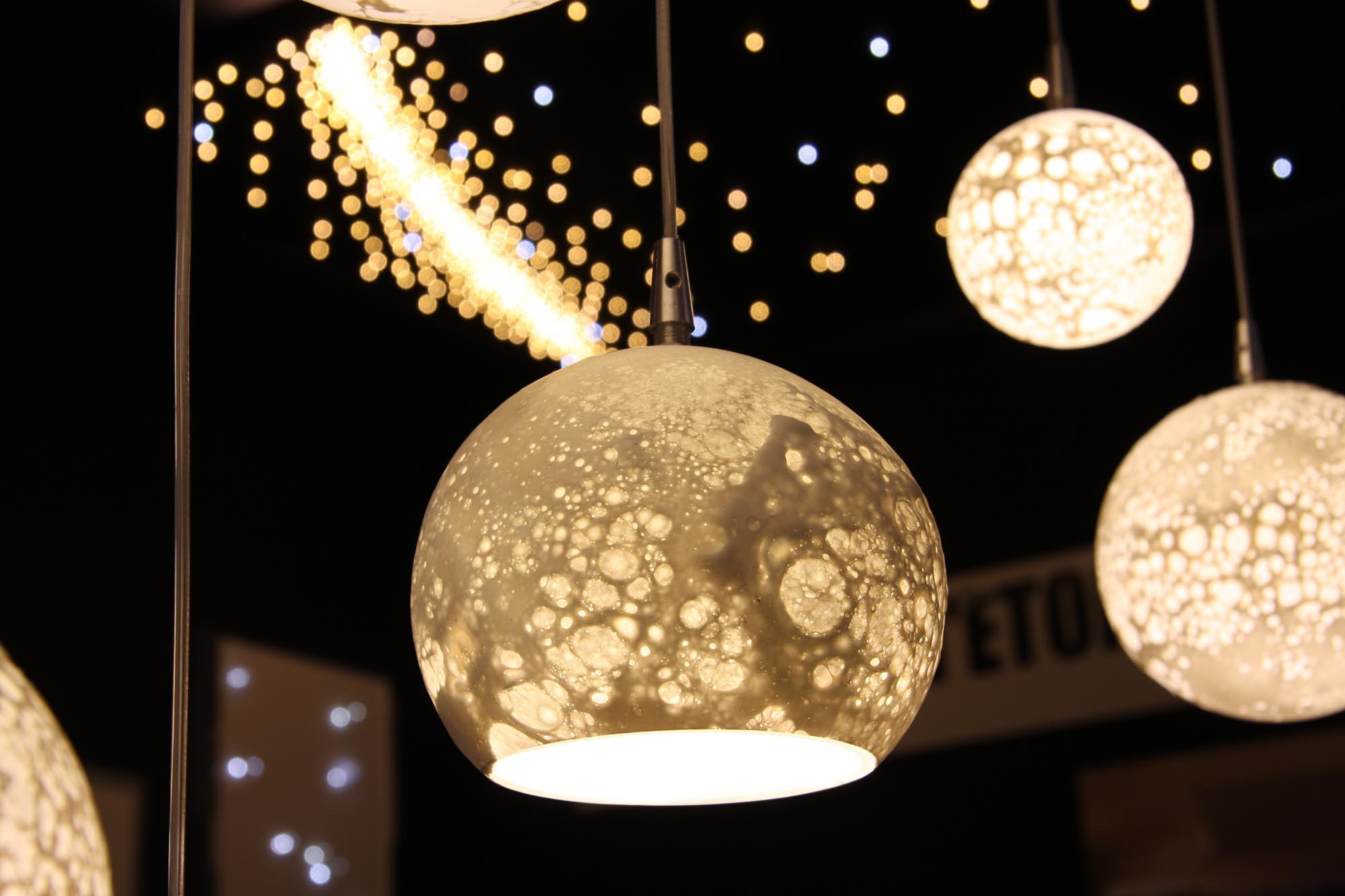 Suspension Lune percée, diam. 14cm, blanc chaud